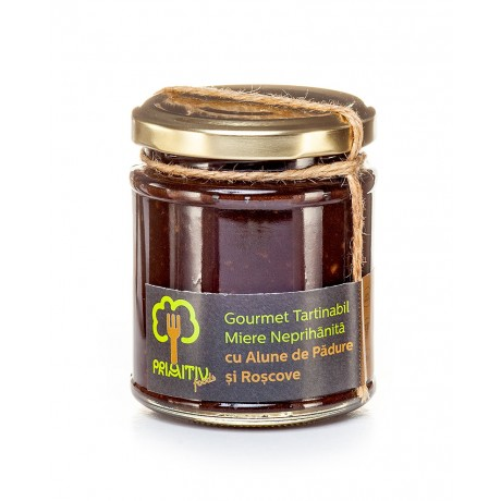 Gourmet tartinabil din miere, alune de padure si roscove